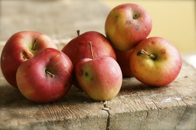 Apples-by-Namely-Marly